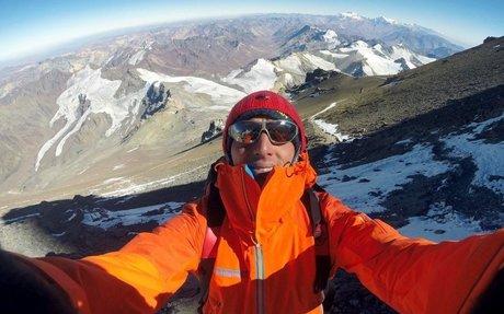 Karl Egloff bate el récord de ascenso-descenso del Elbrus