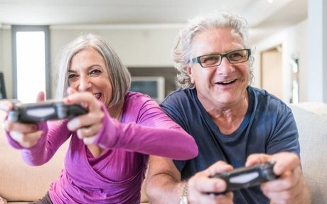 Pensioners playing video games more than ever thanks to smartphones