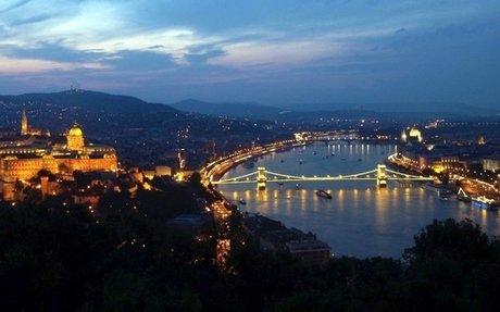 Budapest Portál. Magyar Web. Szolgáltatások, honlapok optimalizálása. Tartalom marketing.