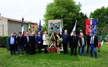 IMOLA. ZIEMIA POLSKA I WŁOSKA RAZEM UPAMIĘTNIAJĄCA GENERAŁA ANDERSA | Polacy we Włoszech -