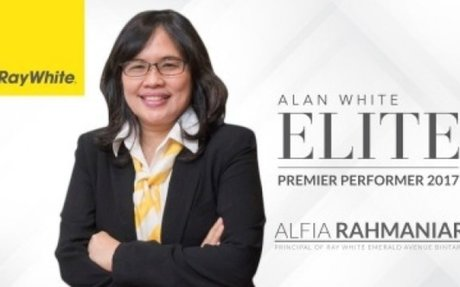 A glimpse of Mrs. Alfia Rahmaniar (Principal of Ray White Emerald Avenue Bintaro) day