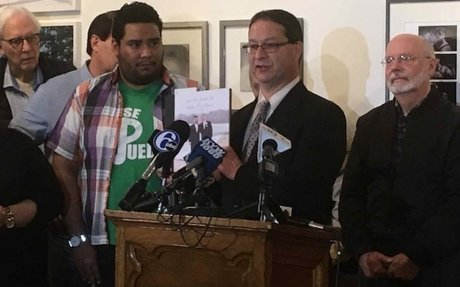 ICE arrests gay Mexican immigrant applying for U.S. citizenship