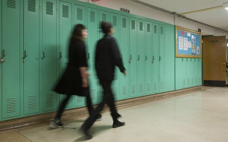 As students head back to class, local expert says not all stress is bad - NEWS 95.7