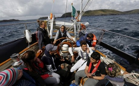Syrian and Irish teenagers pull together on sailing course