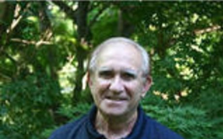 Science writer Seymour Simon was born in 1931. - ReadWriteThink
