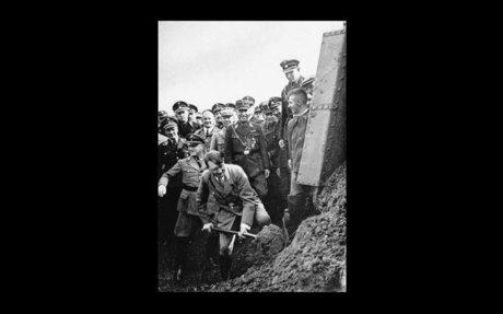Nazi road building scheme