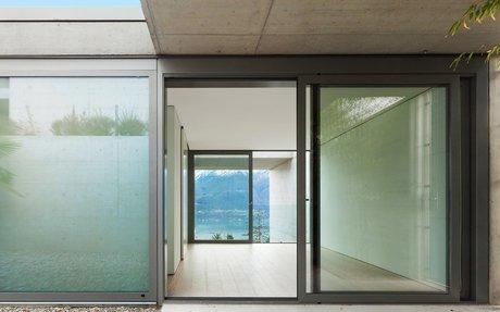 ประตู หน้าต่าง อลูมิเนียม ยูโรโปรไฟล์ Glasten