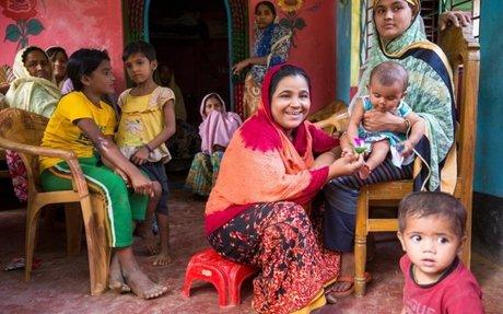 مزارعون بنغلاديشيون يوفرون المأوى للاجئين الروهينغا