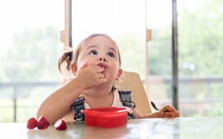 Veel eten: ons meisje is net rupsje nooitgenoeg #Evelinn - WIJ à la Mama