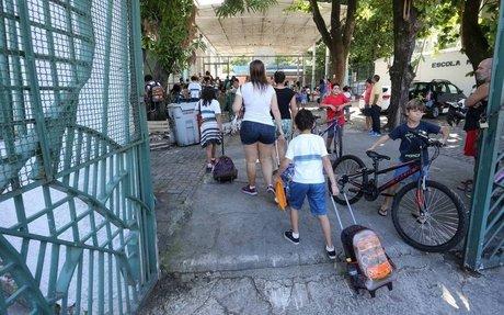 Na Educação municipal do Rio, nem a melhor escola consegue um professor