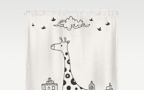 Giraffe Lost in City Shower Curtain