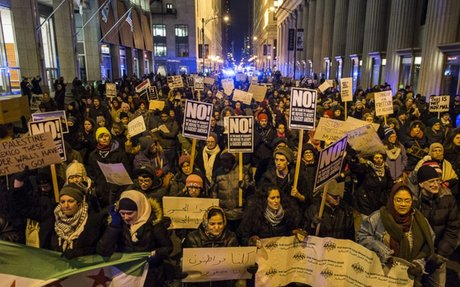No Ban, No Wall' Chant Hundreds Outside Chicago's Homeland Security Office
