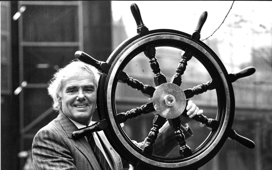 Tributes paid to Glasgow's most successful son Sir Arnold Clark