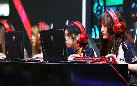 Female Esports Clubs in China: MOBA Meets K-Pop Meets Cosplay as Players Battle for Parity