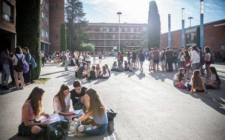 Les universitats volen allargar Magisteri a cinc anys amb un últim curs de pràctiques.