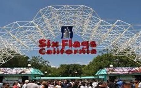 Six Flags Magic Mountain | Attractions