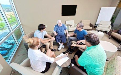 Médiation familiale personnes âgées - Essentiel Santé Mag