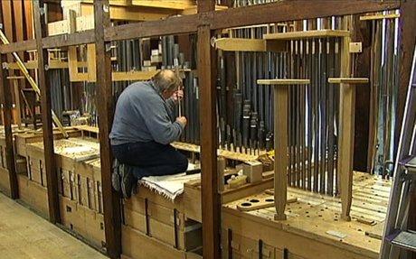 TéléMB : Mons - Les orgues de Sainte-Waudru, dernière phase : l'harmonisation! - Les repor