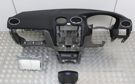 Ford Focus Airbags