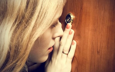 The Top 18 Personal Safety Tips Every Woman Should Know - YouQueen