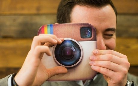 SOCIAL MEDIA >> 6 Highest Paying Jobs For The Social Media Savvy