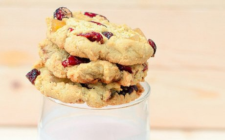 Almond Flour Cookies with Cranberries