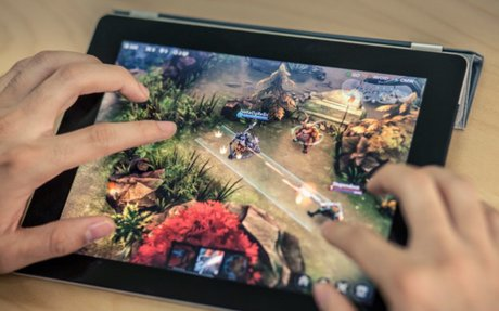 Super Evil Megacorp raises $10.5 million, moves on to new game, and hands Vainglory off...