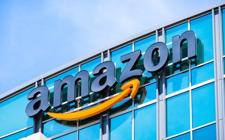 Amazon Dominates Minds of Canadians Purchasing Online: Expert