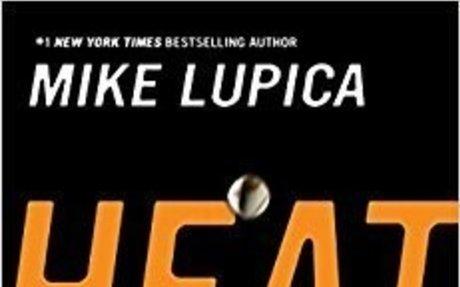Heat: Mike Lupica: 9780142407578: Amazon.com: Books