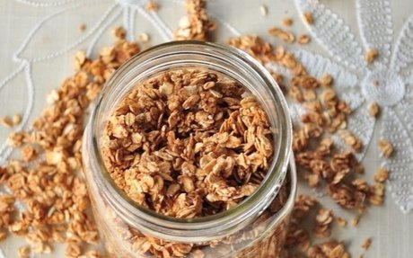 Kitchen Virgins: Simple Cinnamon Granola