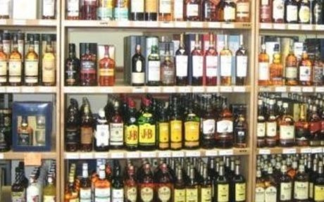 Karnataka: Easing liquor ban helps 6,015 licencees