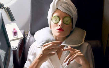 6 Celebrity Facialists Share Their Favorite Airplane Beauty Staples