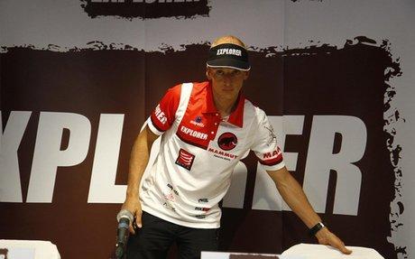El ecuatoriano Egloff califica como vital el apoyo del equipo en la consecución de su réco