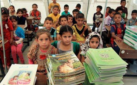 7 طرق لمساعدة الفتيات اللاجئات للذهاب إلى المدرسة