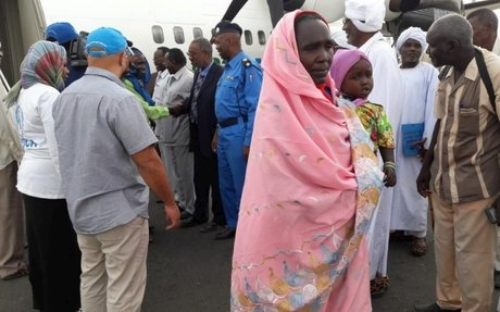 Refugees fly home to Darfur as security situation improves