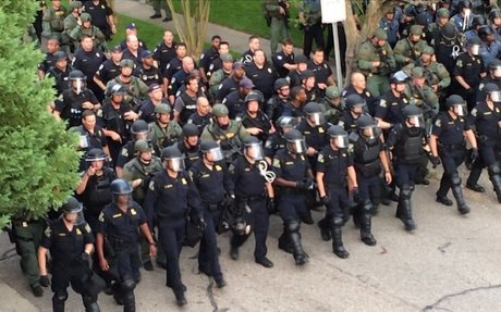 Trump to lift military gear ban for local police
