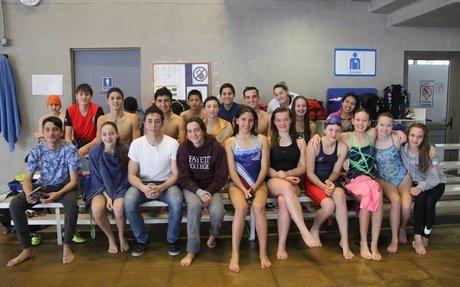 Some of the swim team 😁❤️