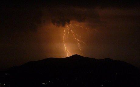 Thunderstorm - Wikipedia