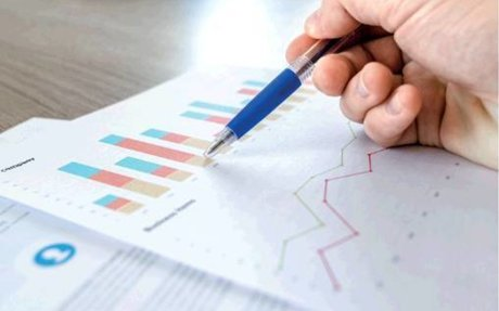 FINANCIAL PROSPECTS PROMPTING IT PROS TOWARDS DATA ANALYTICS - The Economic Times - Ban...