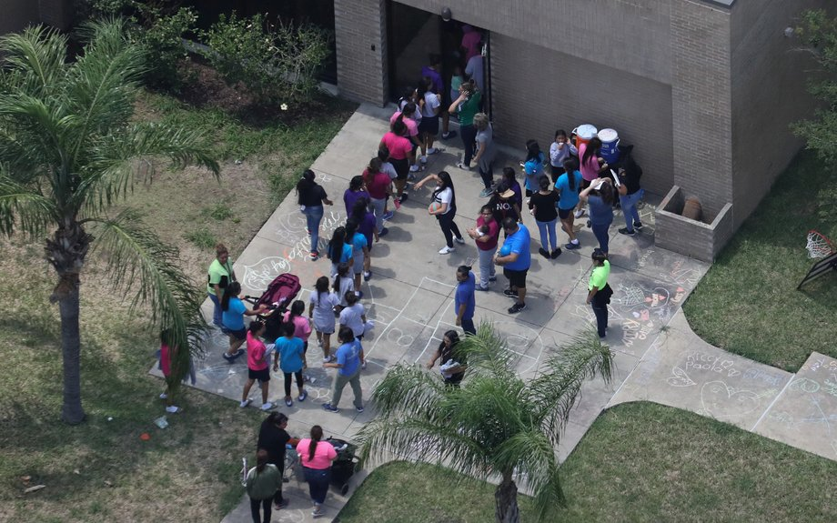 No, Trump's Migrant Child Separation Policy Isn't The 'Exact Same' As Obama's