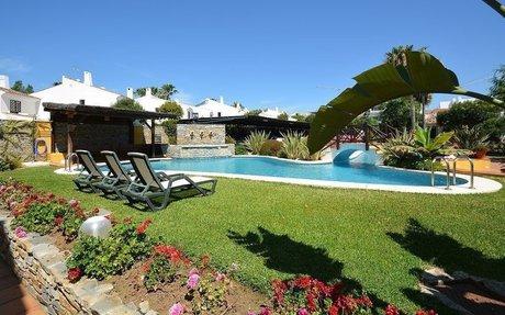 Romslig og flott rekkehus med 3 soverom nær Marbella (R2231270)