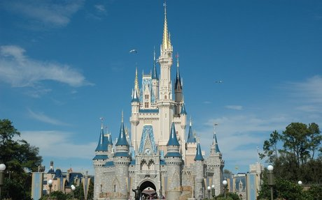Disney World is my favorite theme park and I like Magic Kingdom the most