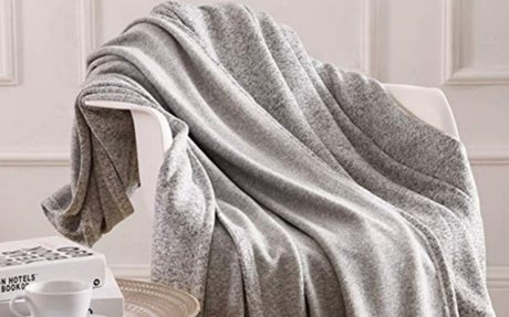 Amazon.com: kawahome Original Woven Blanket (Throw, Grey and White) Cozy Reversible Gradie