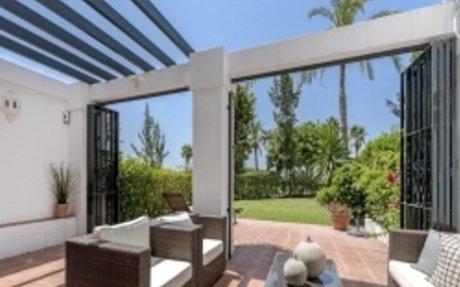 A20002 | Las Terrazas - Garden Apartment For Sale - 2 Bedrooms - La Quinta, Benahavis |...