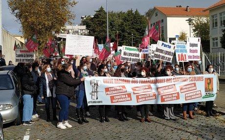Solidariedade com as trabalhadoras das cantinas escolares