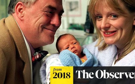 Tracy Brabin calls for self-employed to be able to share parental pay