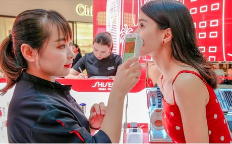BRAND HIGHLIGHT // Shiseido's Red Ginza Street Pop-Up