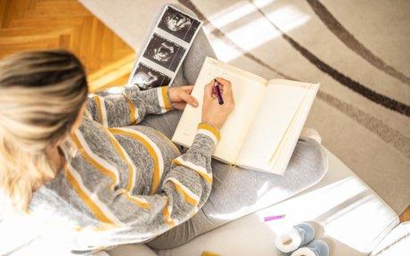 9 maanden, 9 gedachten: dit ga je denken als je zwanger bent - WIJ à la Mama