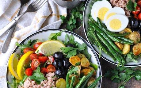 Fresh and Easy Nicoise Salad