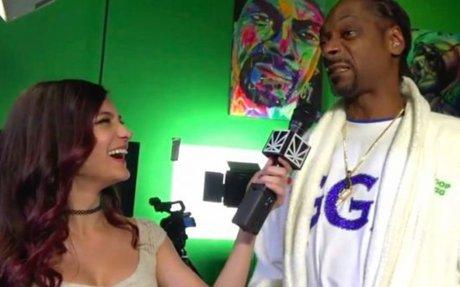 Disgruntled Snoop Dogg cuts interview short after esports league loss | Dexerto.com